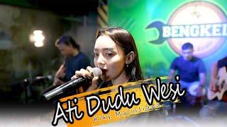 ATI DUDU WESI - KIKY MALISTIANA(official Music Video)live akustik