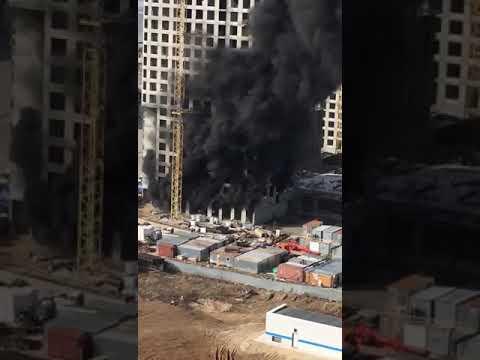 Около моста Миллениум в Казани горит недостроенный дом   ТНВ