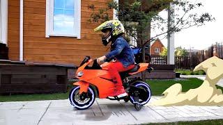 سينيا يركب دراجة نارية ويطرد أجنبيًا
