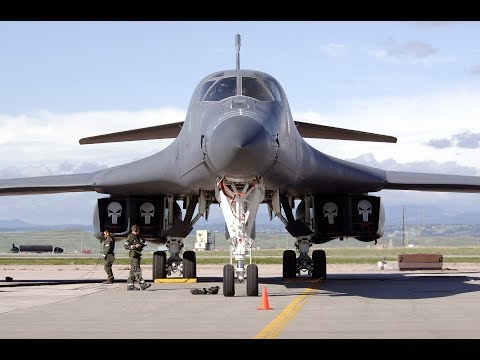 MESSAGE TO PUTIN !!! US Military B-1 Military Aircraft arrive at UK Military Airport
