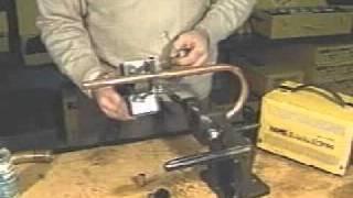 Аппарат для пайки медных труб(http://евроинструмент.рф Аппарат для пайки медных труб, принцип работы, видео., 2011-03-13T16:00:58.000Z)