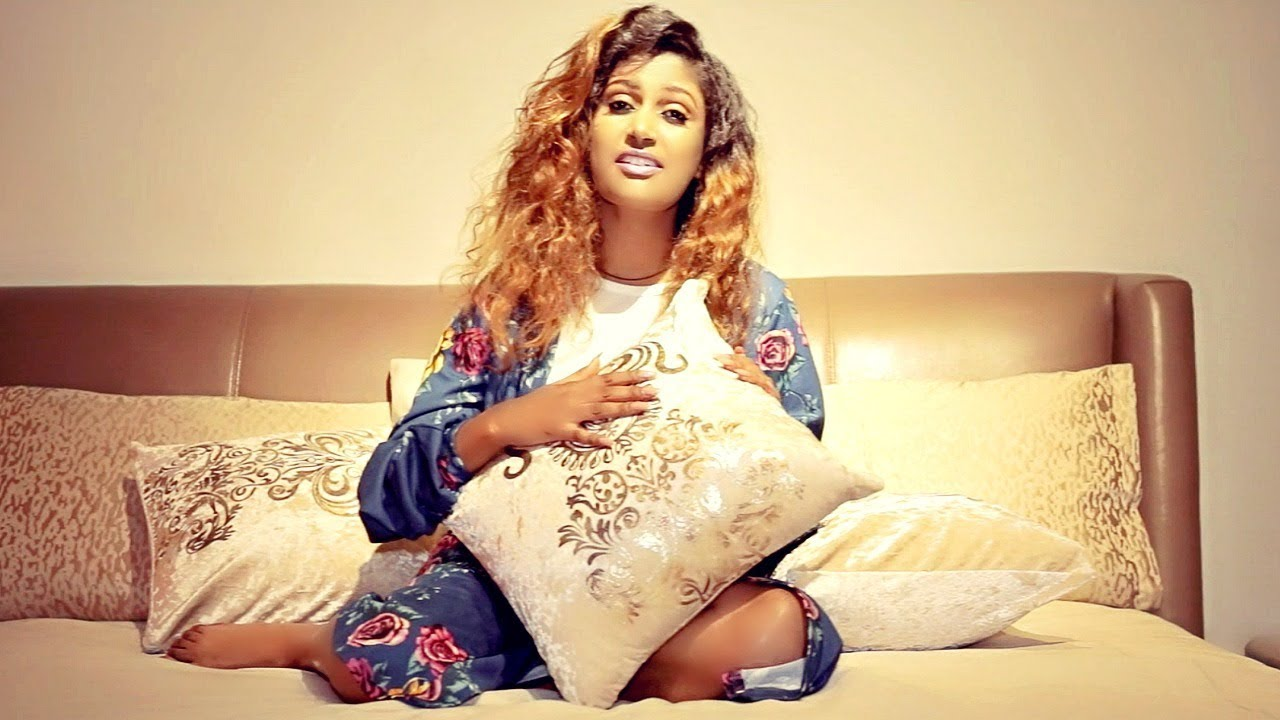 Abenet Demissie - Kal Ateregn | ቃል አጠረኝ - New Ethiopian Music 2019 (Official Video)