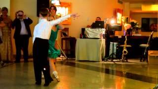 Дети классно танцуют самбу. ВСЕ В ШОКе(Смешной канал про собаку бигля и девочку http://goo.gl/32jdQj Видеосъемка Максим Молчанов 8-906-038-41-17 http://happy-videoo.ru/..., 2012-08-13T08:02:16.000Z)