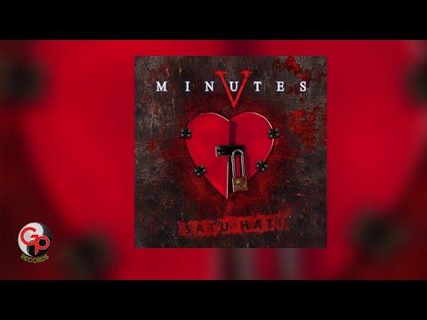 Five Minutes - Aku Patut Membenci Dia (Official Lyric)