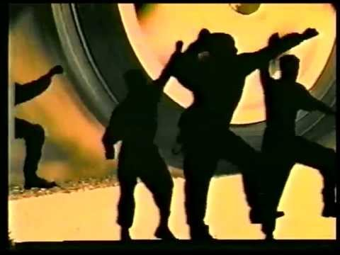 Vanilla Ice - Rollin in my 5 0 (official Video)