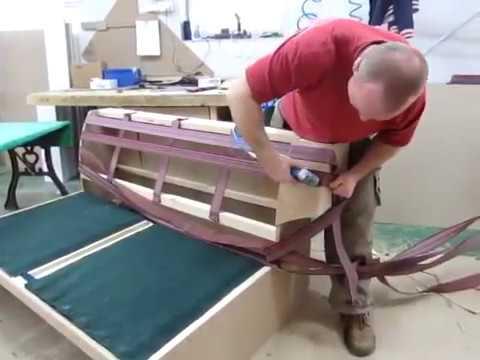 Работа обивщиков мебели и швей на мебельной фабрике.Польша.#6