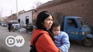 Chinas verkaufte Kinder   DW Deutsch