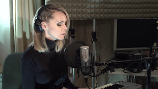 Скачать Gareth Emery Standerwick Saving Light Feat HALIENE NATALIE GIOIA COVER
