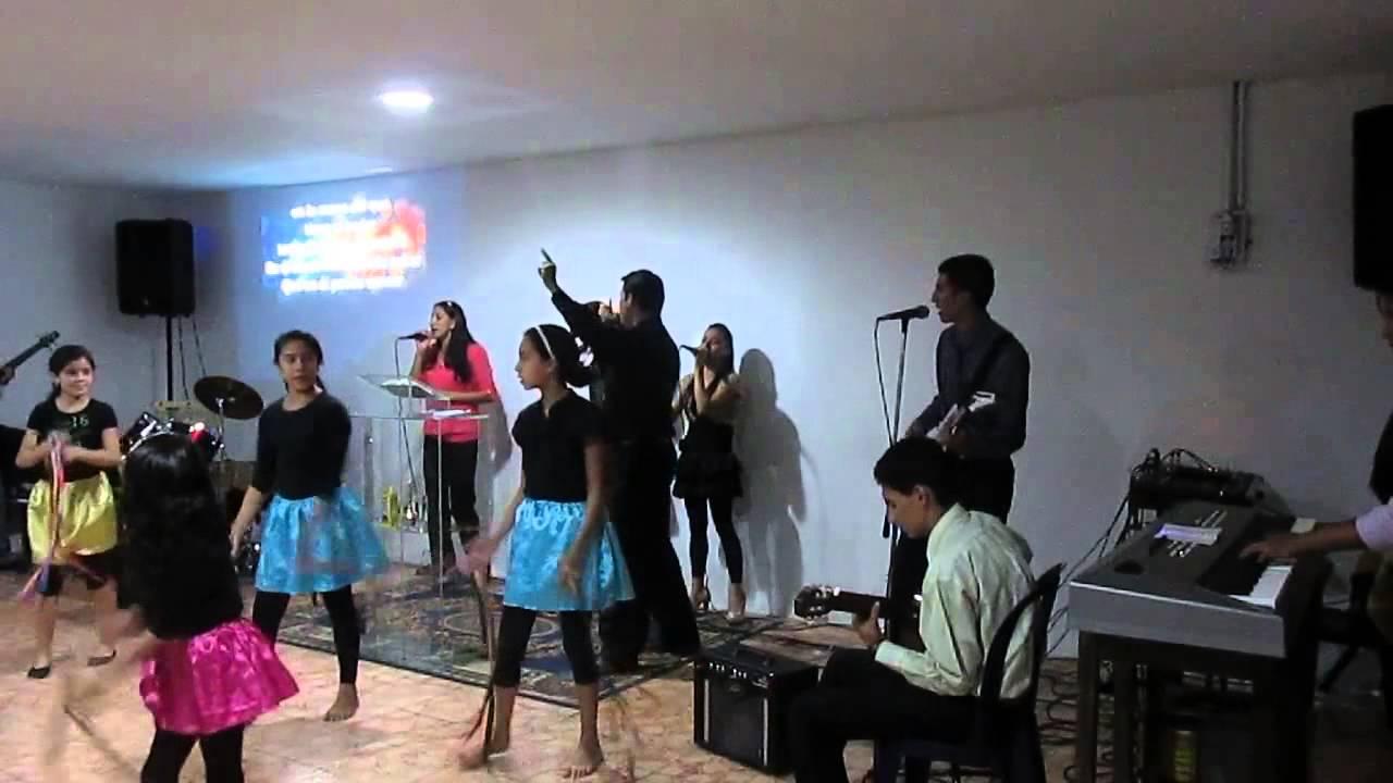 Cancion goliat grupo de alabanza cruzada cristiana for Grupo el norte