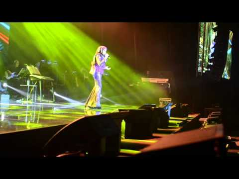 Ziana Zain : Dingin (Live)