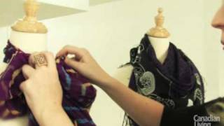 How to tie a scarf five different ways How to tie a scarf five different ways