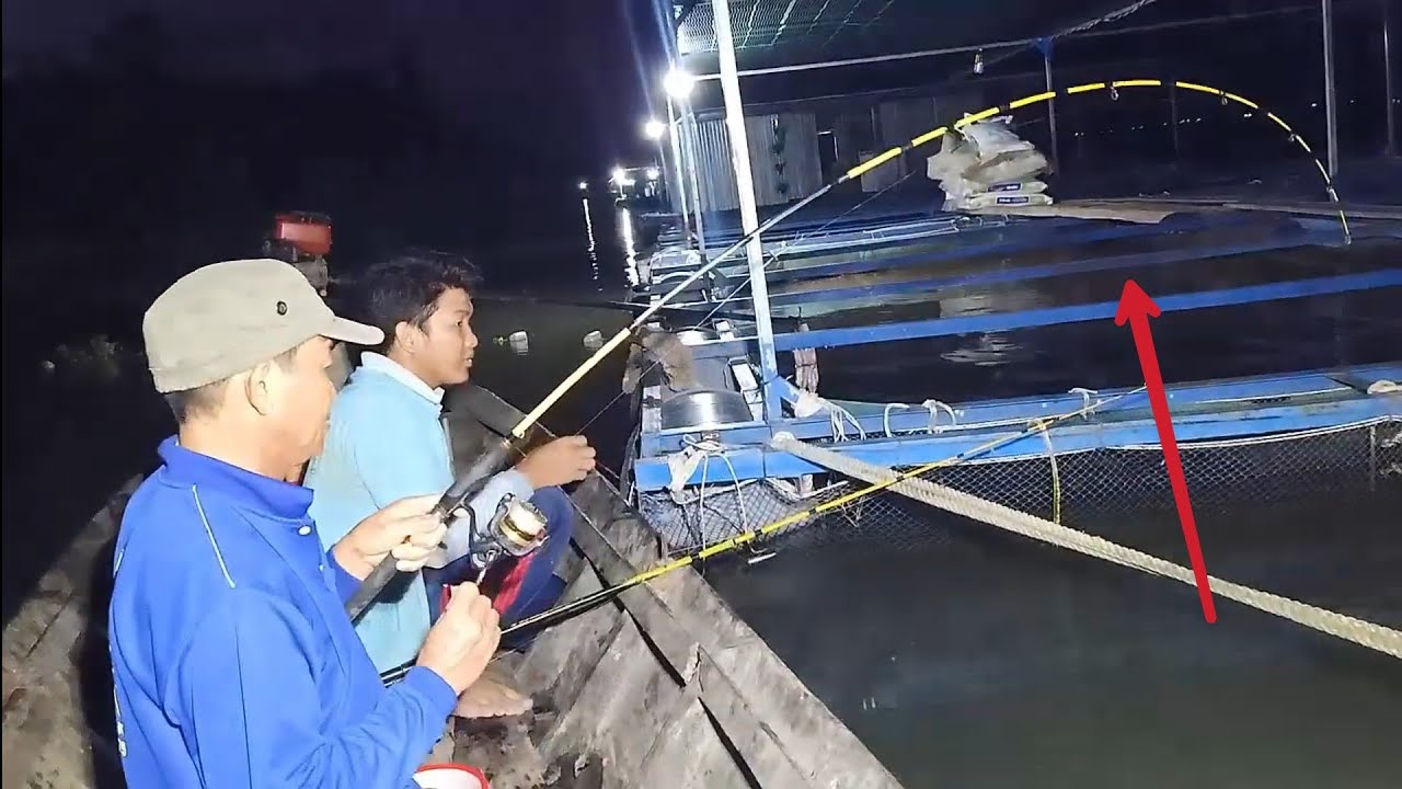 Câu cá đêm – Hai cha con tranh nhau giật ổ cá hám mồi T122