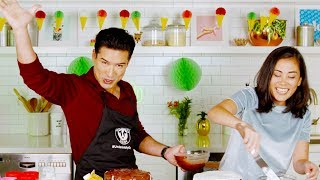 Can Mario Lopez Decorate A Cake Better Than A Pro? | Delish