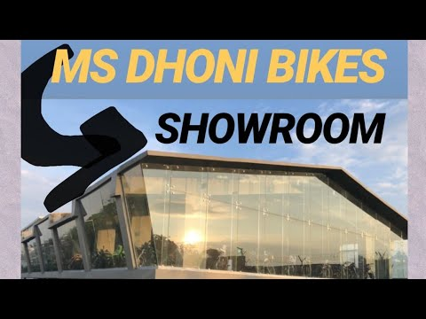 ms dhoni newly made bike showroom in background virat. Black Bedroom Furniture Sets. Home Design Ideas