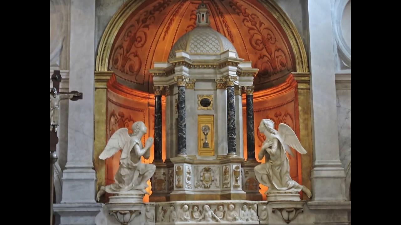 Lucca Toscana Duomo Cattedrale Di San Martino Include Monumento Funebre A Ilaria Del Carretto Youtube