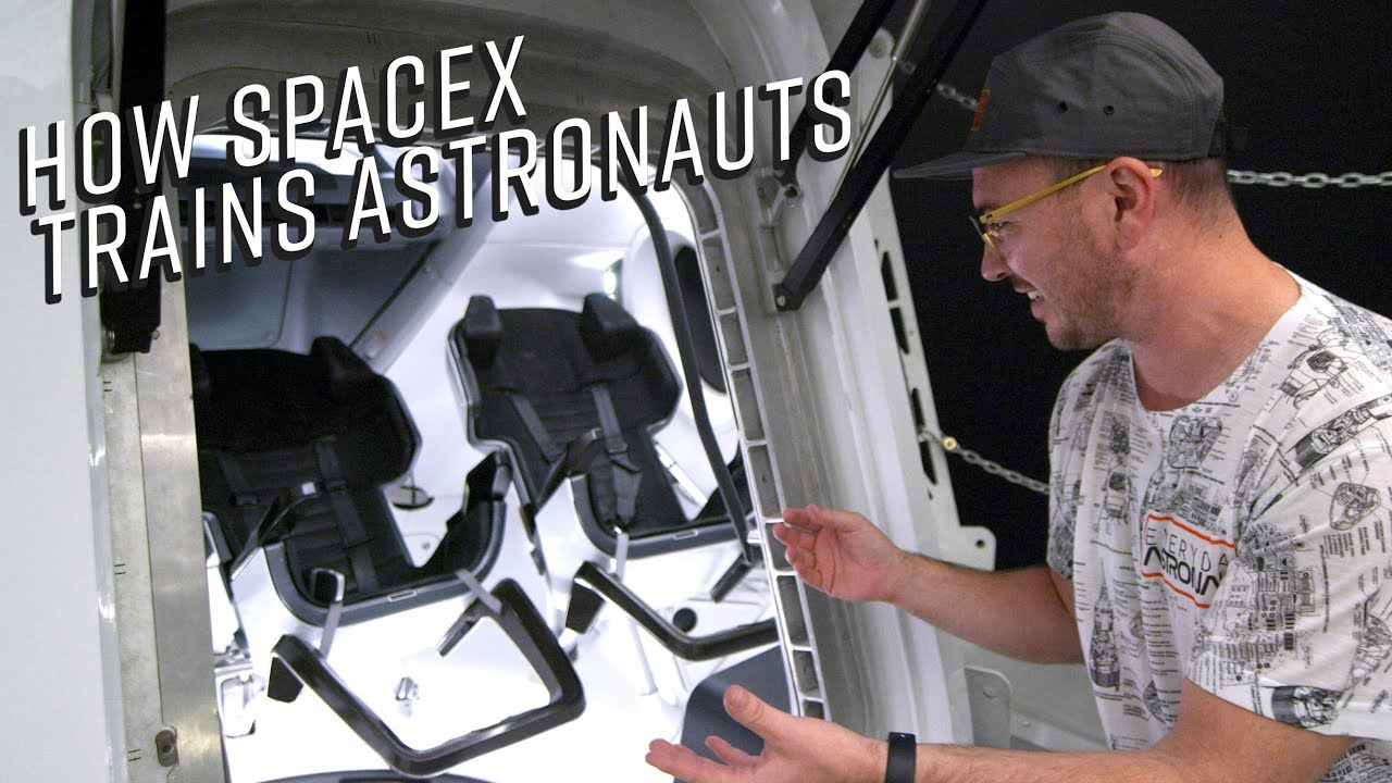 Inside SpaceX HQ and their new Dragon Capsule - YouTube