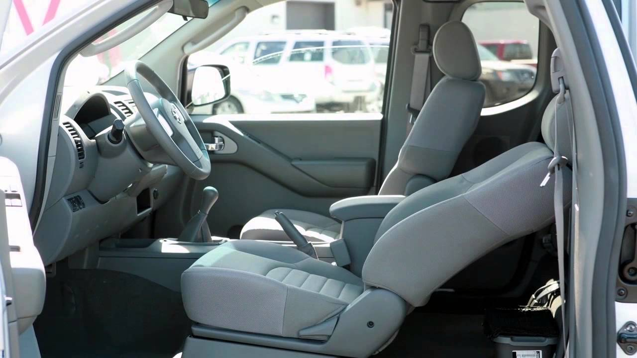 Nissan Frontier Seat Covers >> 2015 Nissan Frontier Seat Adjustments