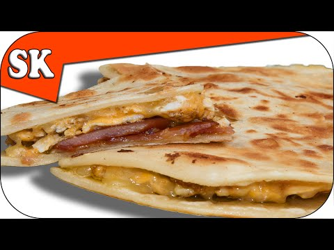 BREAKFAST QUESADILLA With Bacon and Eggs