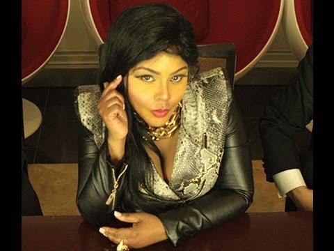 Lil Kim - Jay-Z (Feat. Tiffany Foxx)