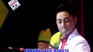 Download Irwan - Sapu Tangan Merah [Official Music Video]