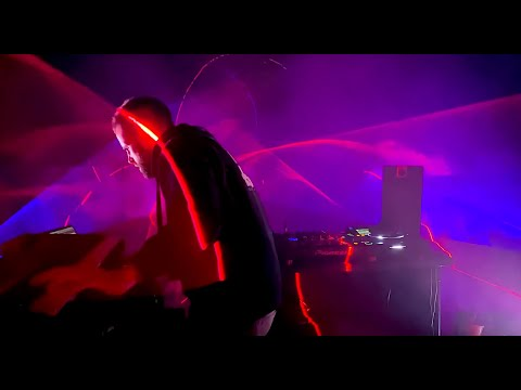 Gareth Emery - St. Marys (Official Live Video)