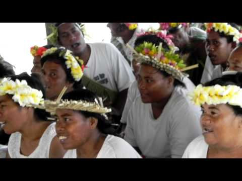 Fanning Island welcome singers