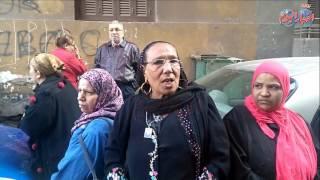 أخبار اليوم | المواطنين من امام الكاتدرائية مسلم ومسيحى ايد واحدة