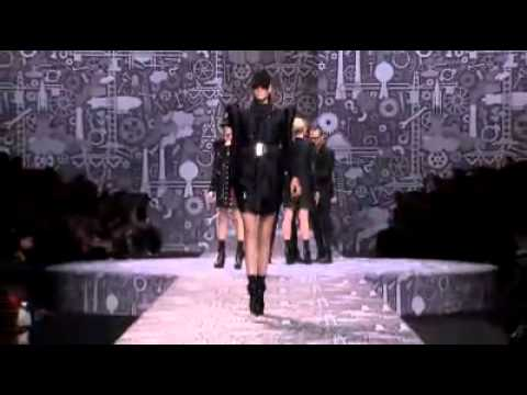 Viktor&Rolf Women's RTW -  Autumn/Winter 2010
