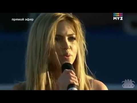 SEREBRO – Дыши (Live @ Day of Russia 2010)