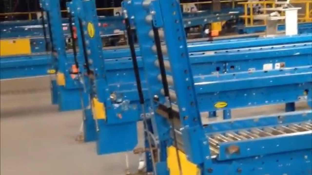 Used Conveyor Gates Manual Hydraulically Assisted Youtube