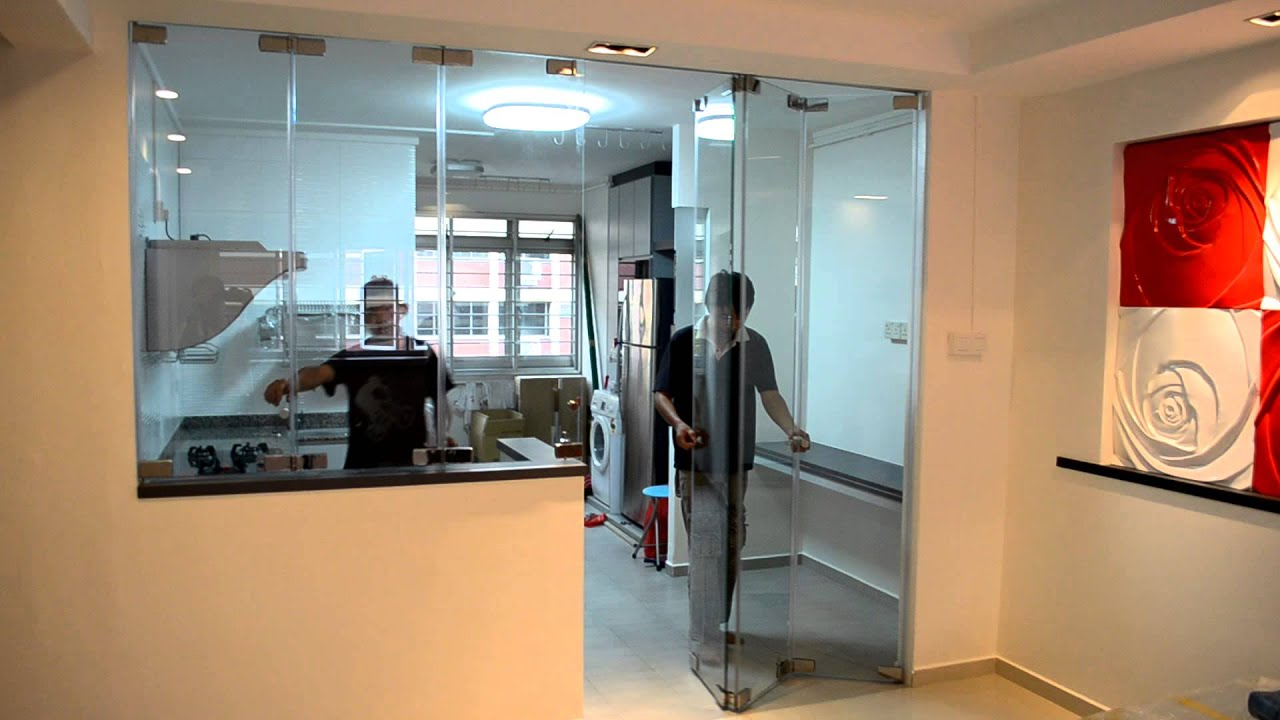 Protect Smell And Oily Smoke Escape From Open Concept Kitchen Frameless Door System Close