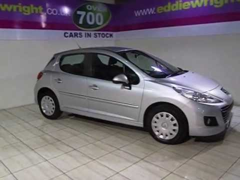 peugeot 207 exterior interior tour of a 2012 61 plate peugeot 207 1 6 hdi 92 bhp oxygo plus. Black Bedroom Furniture Sets. Home Design Ideas