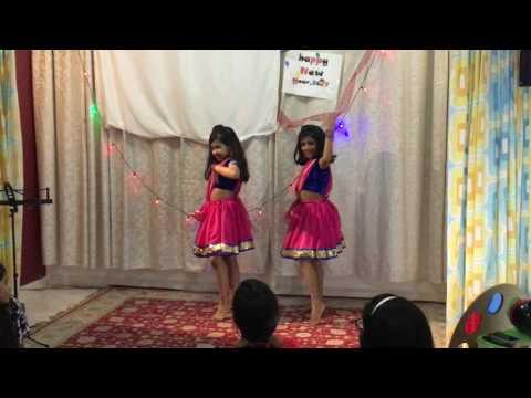 Mere Photo Ko Seene Se Yar  - Raima & Ashika