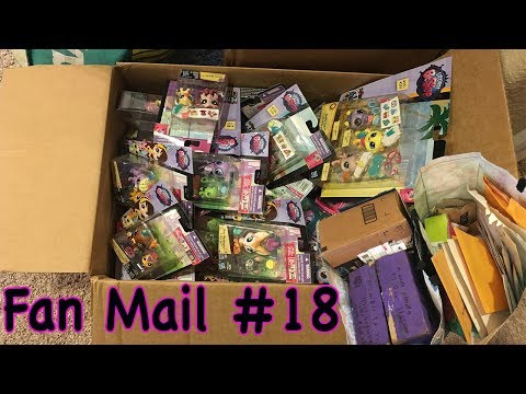 A BOX FULL OF LPS! || SNAIL MAIL SATURDAY #18 Opening Fan Mail