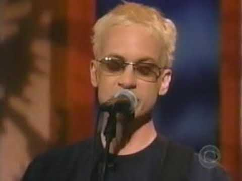 Fountains of Wayne - Mexican Wine (Live on Late Late Show With Craig Kilborn)
