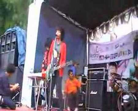 Pee Wee Gaskins - Here Up On The Attic Live