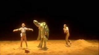 Cirque Du Soleil KÀ / THE WASH-UP ON THE SHORE