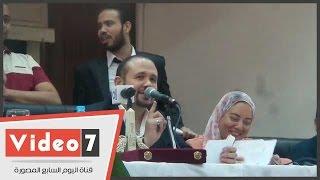 """هشام عباس: """"انا أهلاوى بالفطرة..وأمى كانت بتشجع الزمالك عندا فينا"""""""