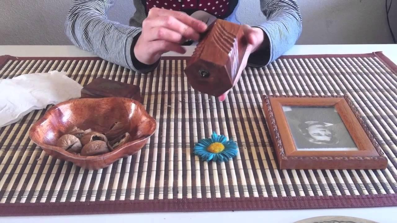 Truco para limpiar madera viyoutube for Como limpiar puertas de madera muy sucias