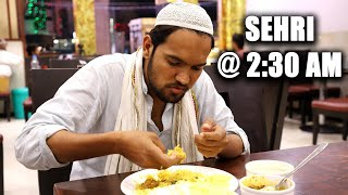 Zapętlaj Early morning Sehri at 2:30 Am in Hyderabad Ramzan Special     Street Byte