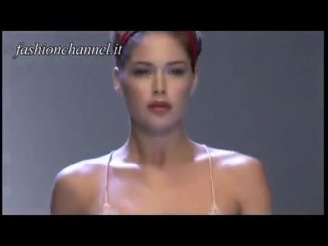 DOUTZEN KROES Dutch Top Model the best of outfits in Fashion