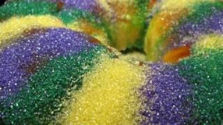 Vegan King Cake Recipe - Vegan Mardi Gras New Orleans Recipes