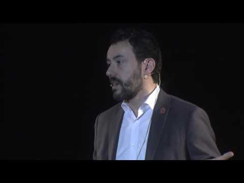 From Crisis to Extraordinary | Alex Aranzábal | TEDxIESEBarcelona