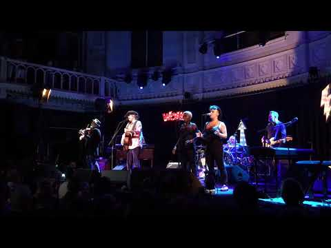 The Waterboys - The Whole Of The Moon / Fisherman's Blues - Paradiso, Amsterdam