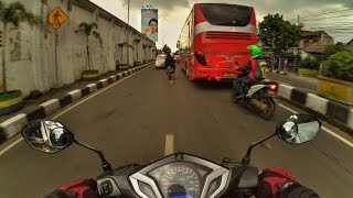 Bandung Sunday Wet Ride | Daily Motovlog #2