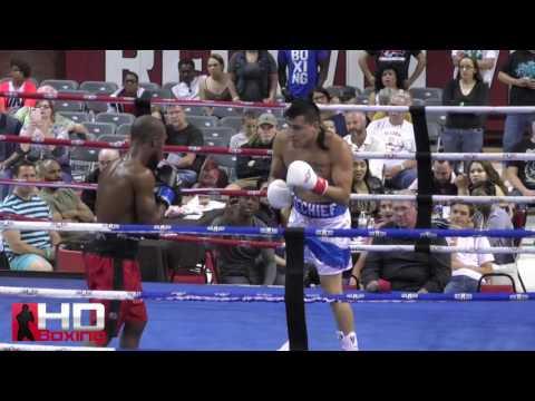 Dennis Knifechief vs Maurice Williams