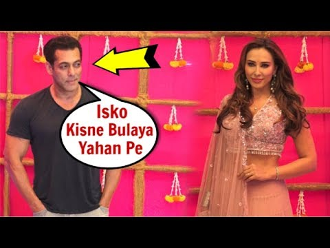 Salman Khan IGNORES Ex Girlfriend Iulia Vantur At Krishna Kumar Diwali Party 2019