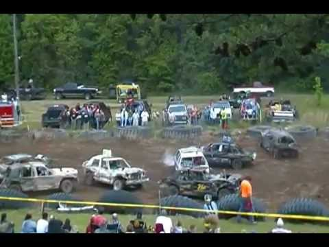 Indiana Pa Demolition Derby - YouTube