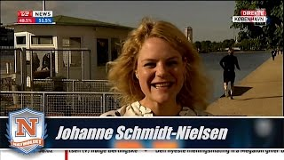 Johanne Schmidt-Nielsen highfiver under interview