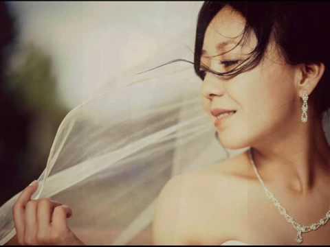 Свадебный букет из полимерной глины в очаровательной сине-белой гамме